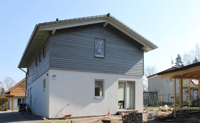 Modernes holzhaus for Holzhaus modern bauen