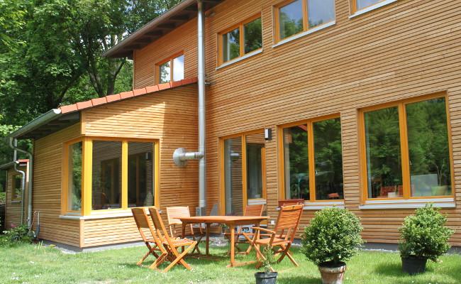 Holzhaus sachsen neues gesundes bauen for Modernes holzhaus bauen