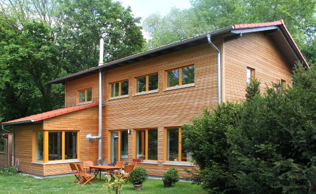 Holzhaus sachsen neues gesundes bauen - Holzhaus architektur ...