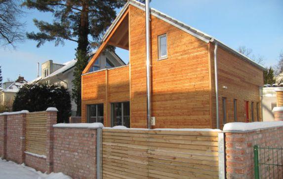 Home neues gesundes bauen for Holzhaus modern bauen