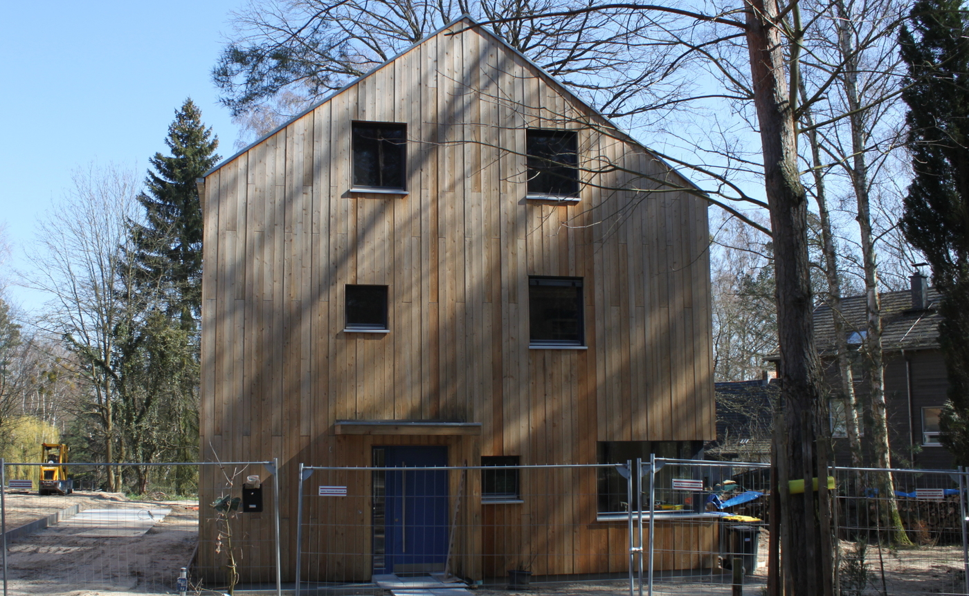 Holzhaus, Eingangstür