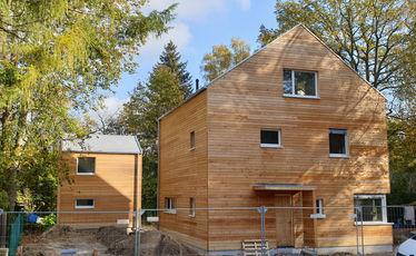 Holzhaus Bauarbeiten